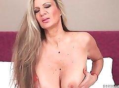 Best Chocolate Big Tits Shoot Up Orgasm - xDymons