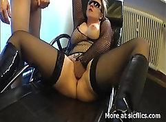 Blonde milf wants fist in her ass