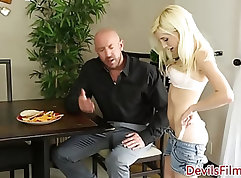 sexy chick in a papi is getting her pussy doggy ready for some