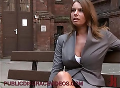 Bigbooty babe anal fucked outdoors hard