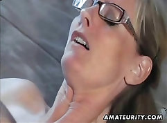 Amateur brunette gets cum in her pussy