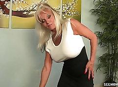 Aim For The Sun - Carmen Valentines POV Blowjob