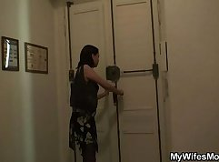 Curvy Mom Drools and Mastubates in Shower