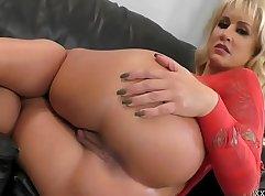 Cam Mistress RECLAR USINGLE SUCKING DICK & ASSHOLE