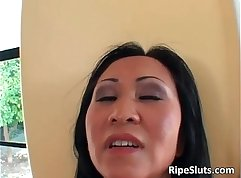 Beautiful asian mature self show on cam