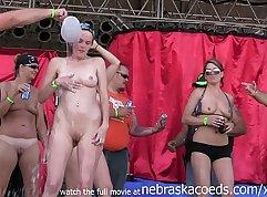 Curvy amateur small tits strip in Longstorysandwich
