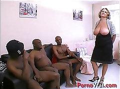 Cougar Amateur Wants A Big Black Dick