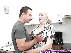 Busty granny rubs her pounds